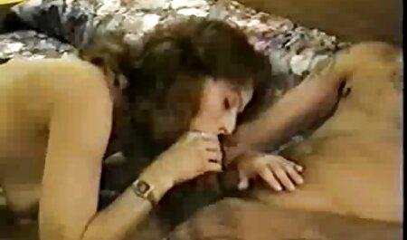او از طریق دوربین دانلود رایگان فیلم سکسب در اتاق قفل تغییر کرده است