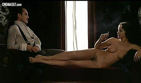 با موهای قرمز مرد fucks در ورزش ها در برخی دانلود رایگان فیلمهای سینمایی سکسی از نقطه