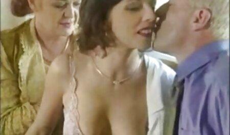 مرد از یک دختر دانلود مستقیم فیلم سکسی رایگان و تقدیر