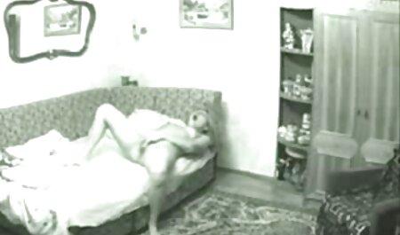 شوهر به عنوان یک مرد سیاه و سفید fucks در همسر دانلود رایگان فیلم اونجوری باردار خود