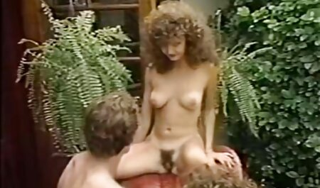 غریبه با کفش دانلود رایگان فیلم سکسی داستانی پاشنه بلند, توالت