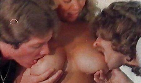 جشنواره nudists در سینمایی سکسی رایگان ساحل در Koktebel کریمه 4 قسمت