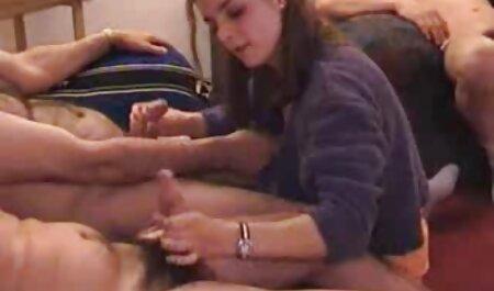 سبزه نشان می دهد موهای کوچک دانلود رایگان فیلم سینمایی نیمه سکسی او و درج انگشتان دست خود را به آن