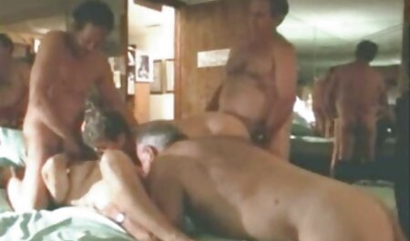 فلش را تشویق می کند یک هنرمند جوان را به هنر و ارتباط دانلود رایگان فیلمهای سینمایی سکسی جنسی