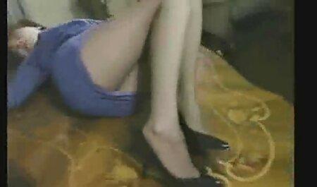 دو لزبین ورزش ها در بند دانلود رایگان فیلم سکسی با کیفیت در الاغ
