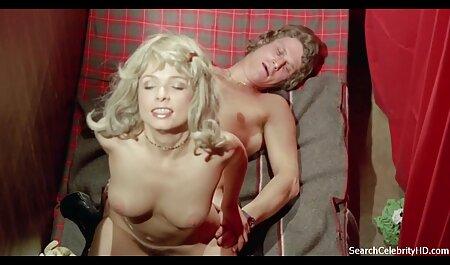 شیرینی دانلود رایگان و آسان فیلم سکسی بی شیرینی به پایان می رسد با نوک انگشتان خود را