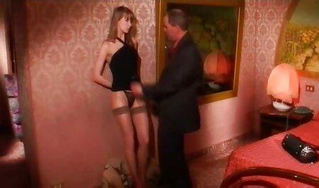 مارتین قرار دادن دختر کوچک در کالسکه دانلود رایگان پشت صحنه فیلم سکسی